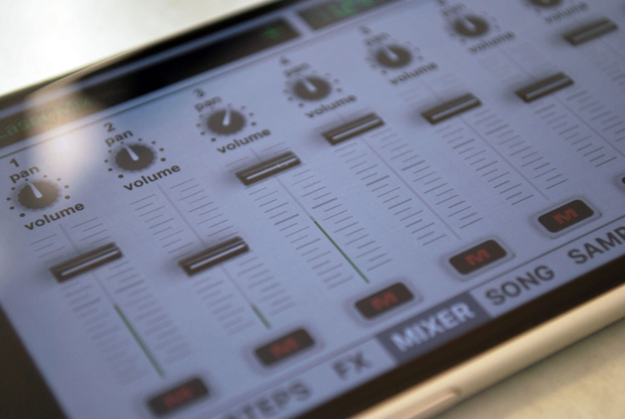 Vatanator SX – Drum Machine for iPhone