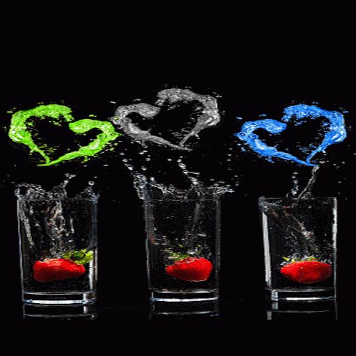 Strawberry Hearts Live Wallpaper